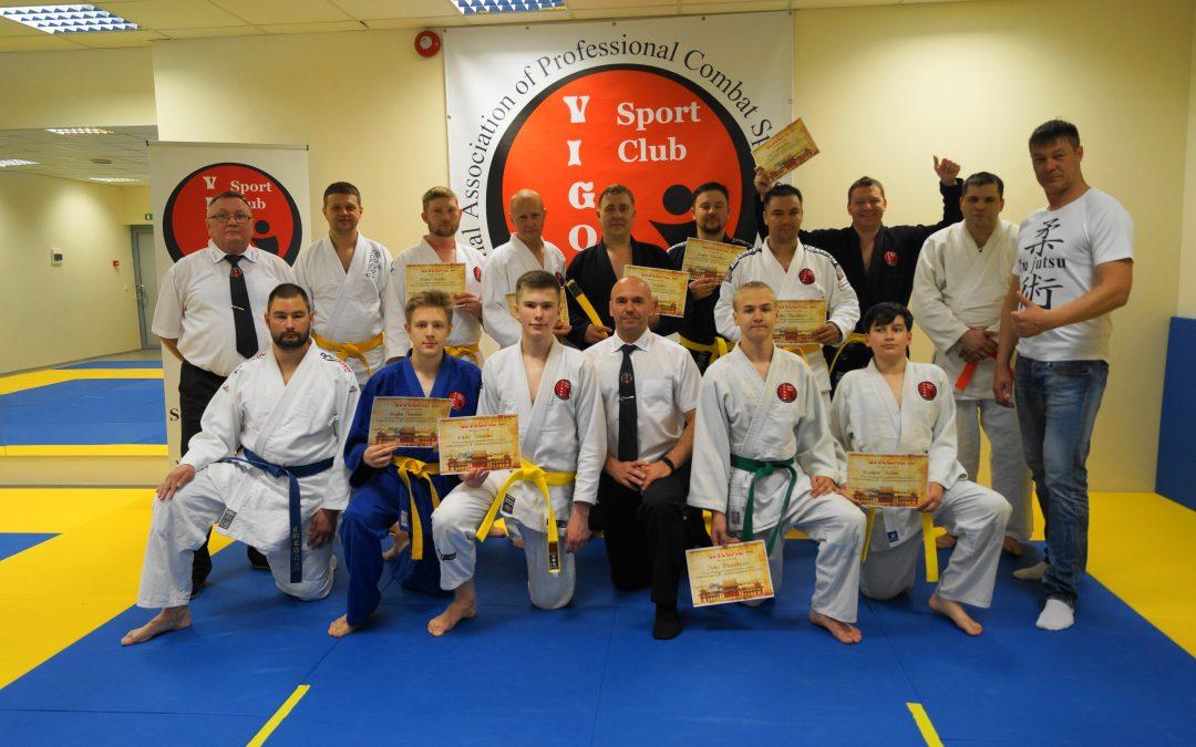 International Association of Professional Combat Sports and Martial Arts. Vigor Sport Club. Поздравляем всех с выполнением нормативов и присвоением очередного пояса джиу джитсу!